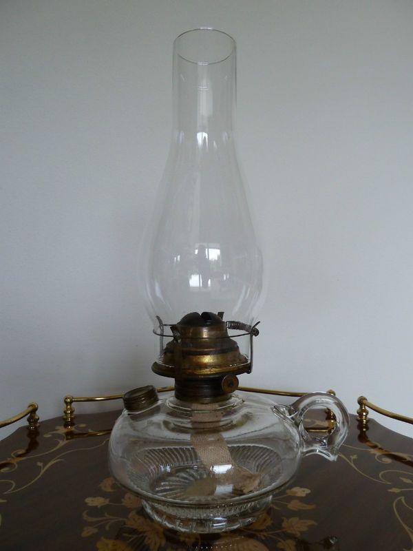 56 best Oil Lamps images on Pinterest | Kerosene lamp, Vintage ...