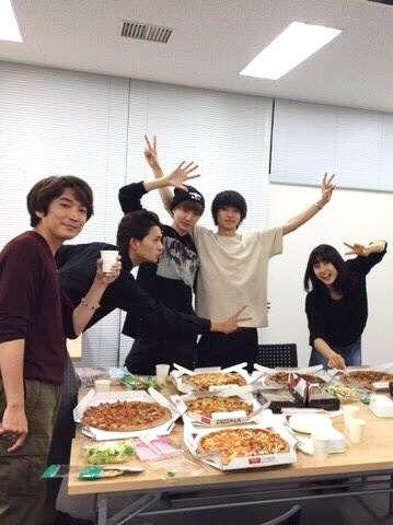 "Director, Ryo Ryusei, Dori Sakurada, Kento Yamazaki, Tao Tsuchiya, BTS, J live-action movie of manga ""orange"". Release: 12/12/'15 [AsianWiki] http://asianwiki.com/Orange_(Japanese_Movie)"