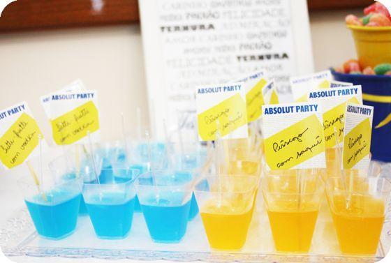 Gelatina Alcoólica   Escolha bebidas e sabores que combinem.  Saquê combina com morango e pêssego, cachaça combina com lichia e limão evodka cmombina com quase tudo.