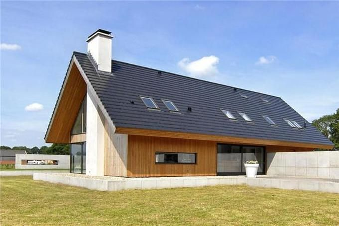 houten gevel met dakpannen
