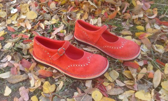 Nubuck maryjanes TEIDE in coral red от woolicity на Etsy