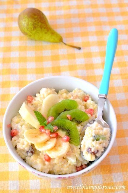 Kasza jaglana z owocami