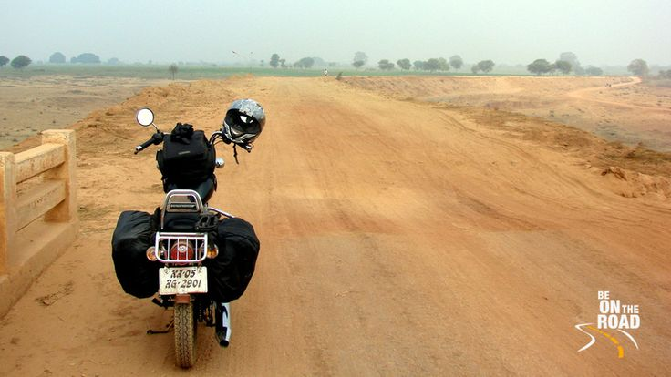 So called National Highways of India which offer a great roller coaster ride....enroute to Khajuraho in Madhya Pradesh