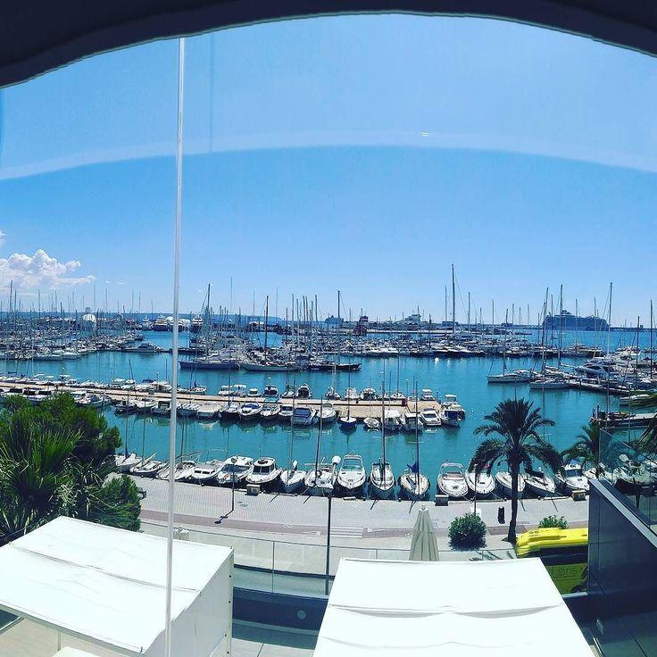 Unas vistas envidiables desde el Hotel Costa Azul donde he estado esta mañana viendo sus salas para formación.