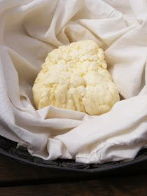 A paneer egy friss sajt, friss fogyasztásra, oltó nélkül, csupán két összetevőből, ~ 30 perc időráfordítással elkészül.  ...