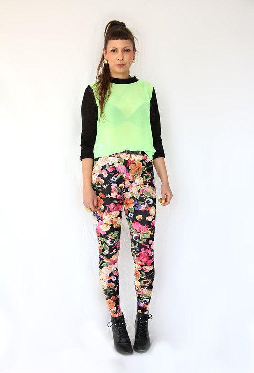 Sara França para @Mentirosas  , Mentirosas Camisas / Blusas, H en Leggings #modaonline