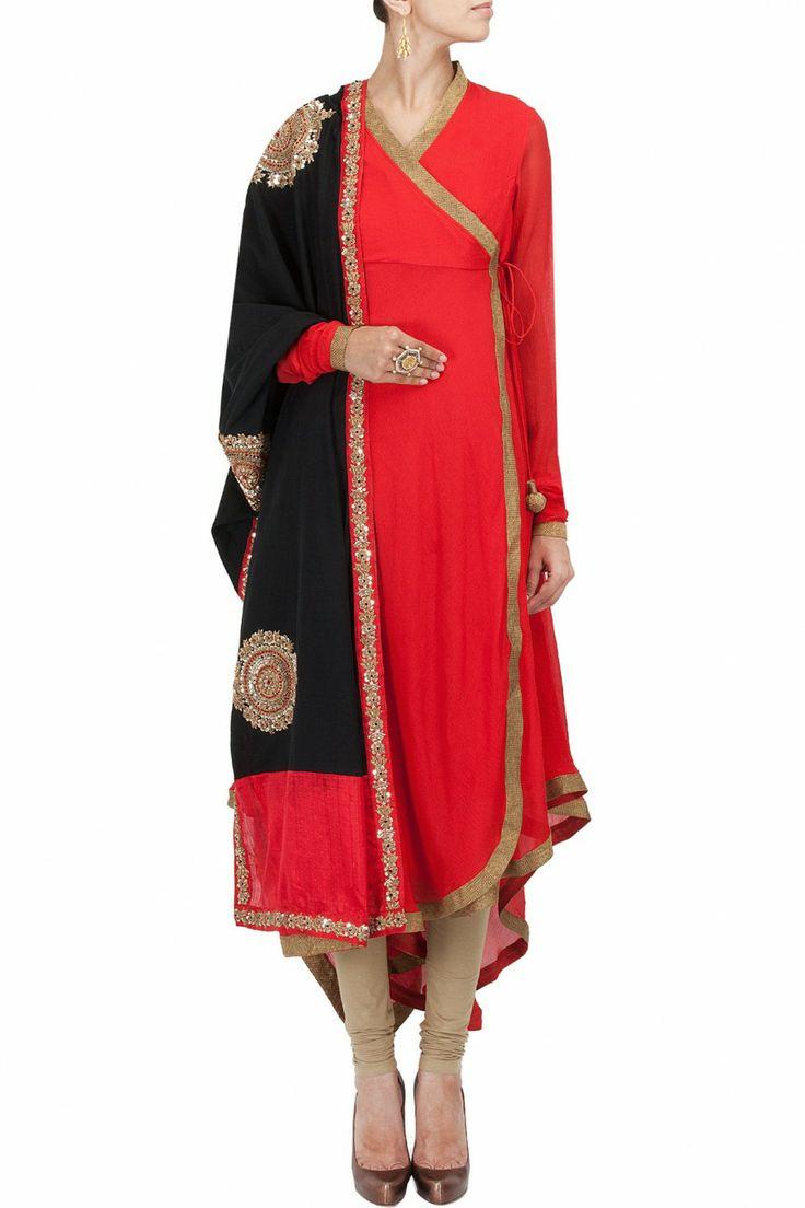 Red asymmetrical angrakha style kurta set BY VASAVI SHAH. Shop now at perniaspopupshop.com
