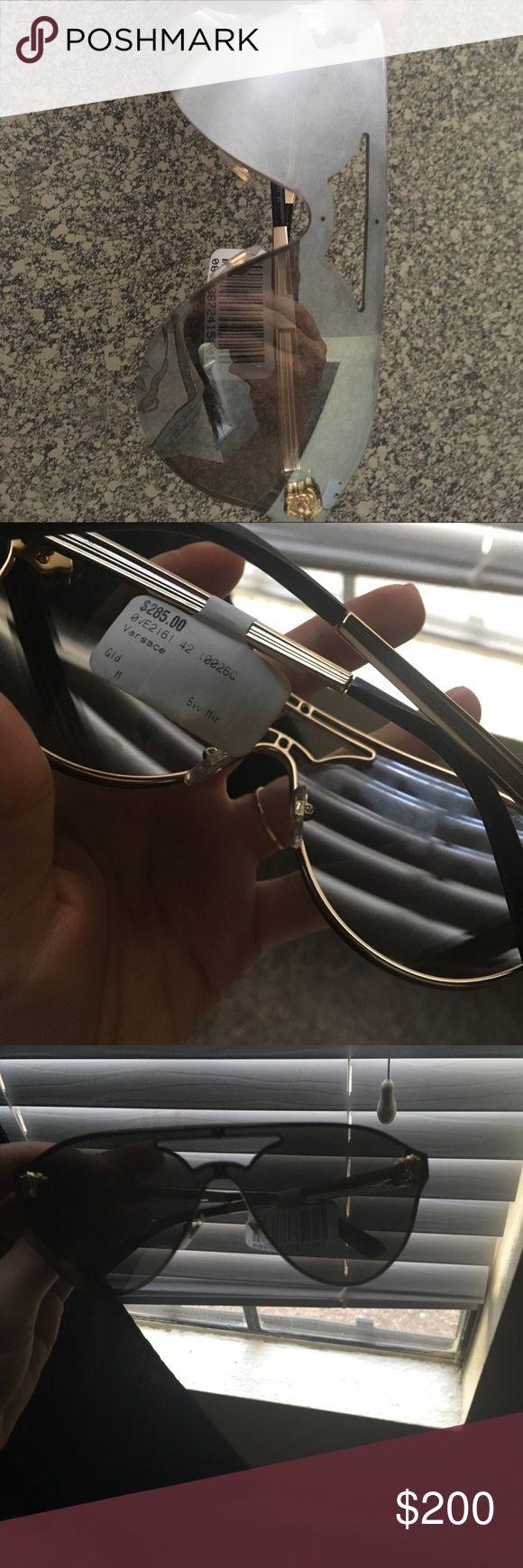 Versace Brand new Versace Accessories Glasses