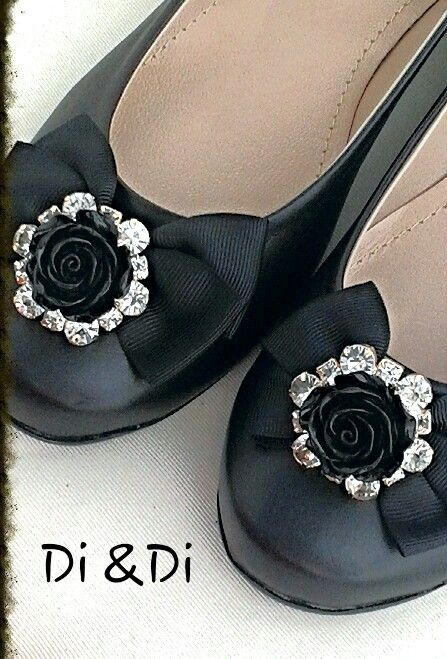 Leather ballerina shoes with elegant bow and rhinestone flower embellishment
