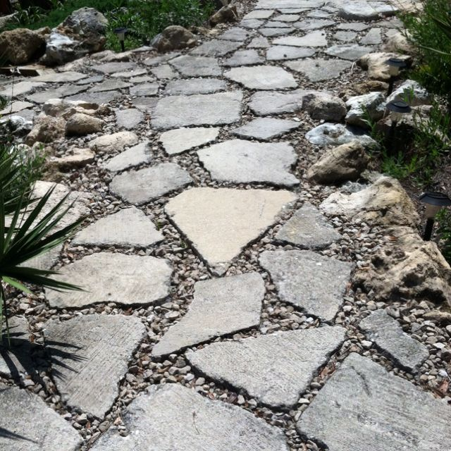 Best 20 broken concrete ideas on pinterest recycled for Cement garden paths