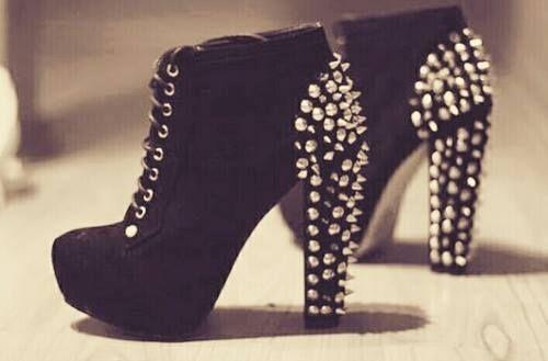 Black... ♡.♡