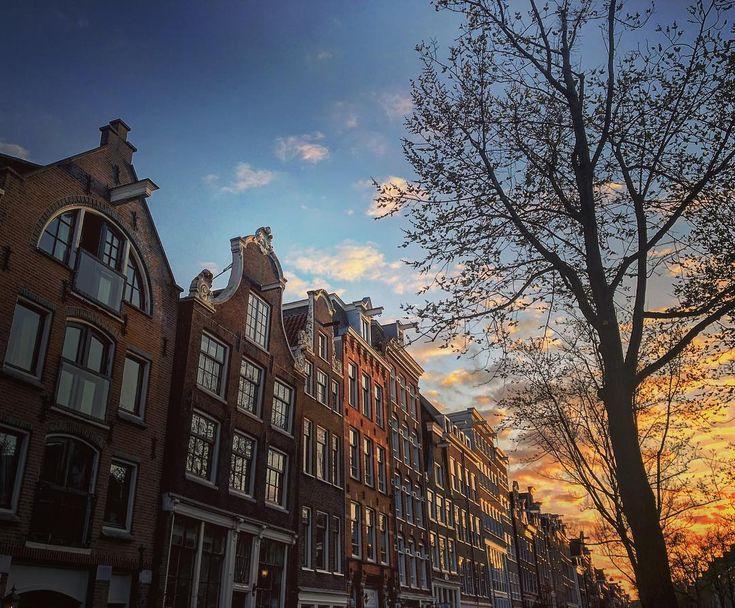 Guarda i migliori video di YouTube online – Canals life #amsterdam #amsterdam #canal …