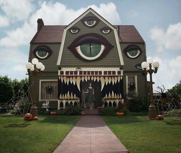 118 best Treat - Halloween Decorations, Props, and Effects images on - decorate house for halloween