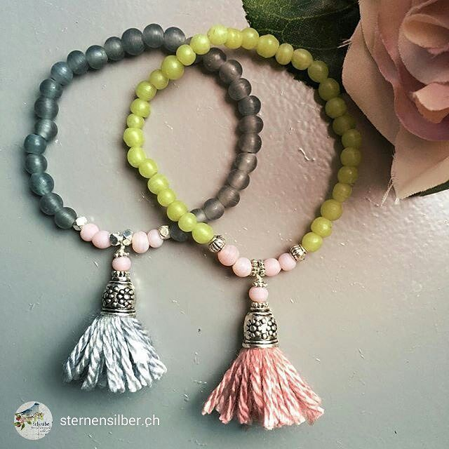 This goes to show... yarn is not only just for knitting!! Aren't they lovely!? repost from @sternensilber.ch Mala Armband #mala #malaarmband #sternensilber #jewelry #schmuck #tassel #glasperlen #siidegarte #pale #rosa #green #blassrosa #yoga #yogajewelry #instarepost20