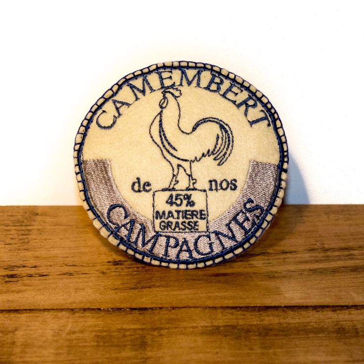 Handcrafted in the UK for The Artisan Pet Deli by Freak MEOWT, this fun camembert cat toy is stuffed full of premium Canadian catnip. The perfect gift for the sophisticated kitty!