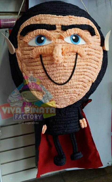 Piñata Dracula Hotel  Transylvania... uno de los modelos que encontrarán en #VivaPiñataStore visítenos y chequen nuestros productos.