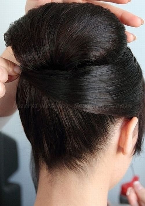 Swell 1000 Ideas About High Bun Wedding On Pinterest High Bun Short Hairstyles Gunalazisus