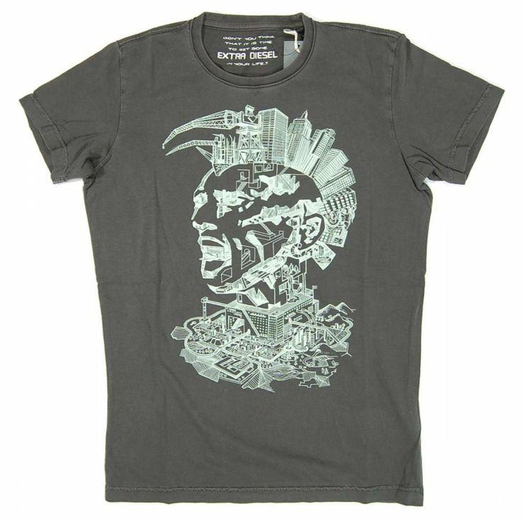 Fane Fashion: Fane's T-shirt in Bad Blood, Aurora Sky: Vampire Hunter, Vol. 3