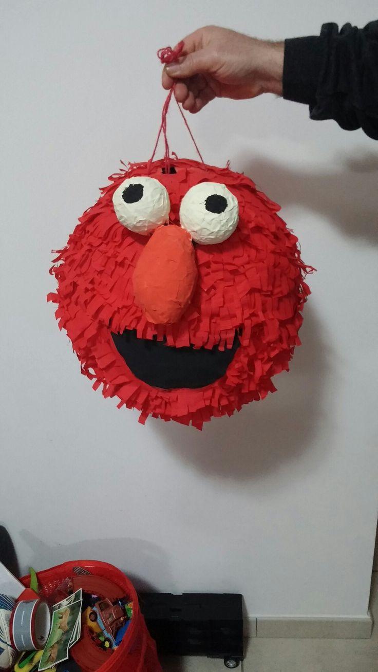 Elmo's pignatta