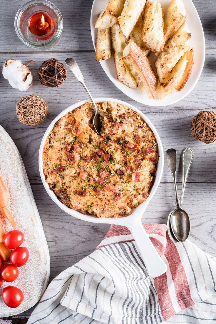 INGREDIENTS BY SAPUTO | Looking for easy appetizer ideas for Christmas dinner? Try our warm Cheddar cheese, bacon and caramelized onion dip. One thing's for sure: your family members will be asking for the recipe long after the holidays are over!