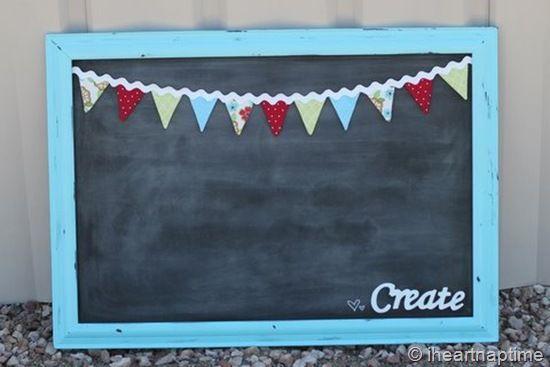 Chalkboard bunting....so cute!Buntings Tutorials, Diy Crafts, Classroom Bulletin Boards, Magnets Boards, Kids Room, Magnets Chalkboards, Chalk Boards, Ric Rac, Minis Buntings