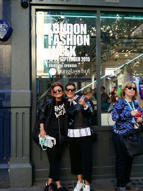 Lonfon fashion week