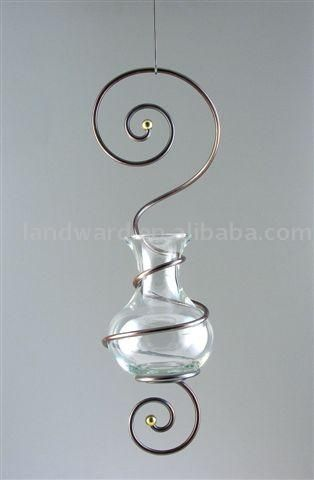 This looks like it goes with that other swirly thing I found -- probably they'd look nice in a garden!                                                                                                                                                                                 More