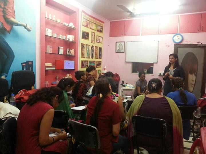 SKIN WORKSHOP AT MULUND  ( MUMBAI)