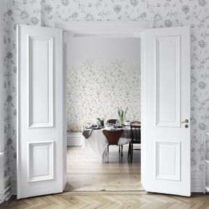 Wallpaper Mandaleen White and Growing Garden from collection Flora Sandbergica by Sandberg Wallpaper