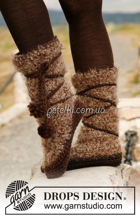 Вязаные сапожки со шнуровкой. Описание вязания
