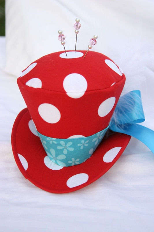 mad hatter top hat pincushion