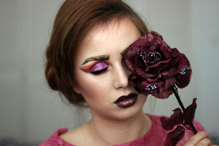 dark vampy flower rose makeup violet brows