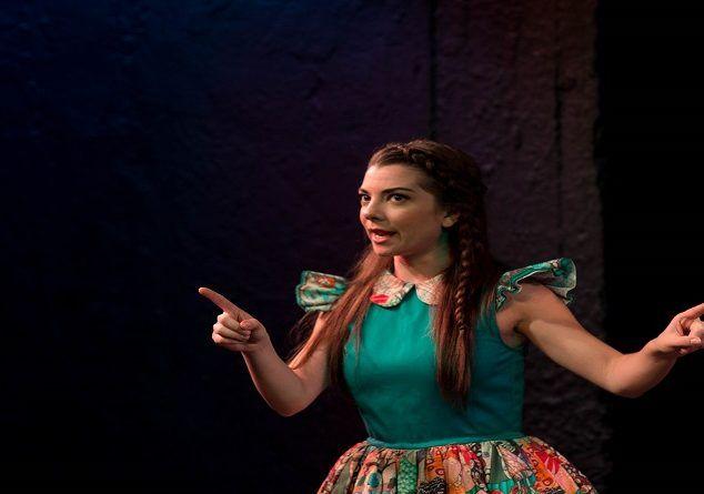 «Το κορίτσι που επιμένει» από τις 15 Οκτωβρίου στο θέατρο Άβατον