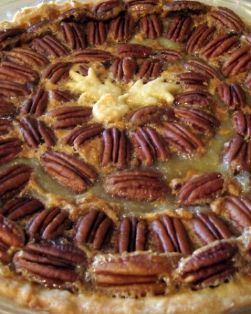 Traditional Southern Pecan Pie | Quick & Easy Desserts | Pinterest
