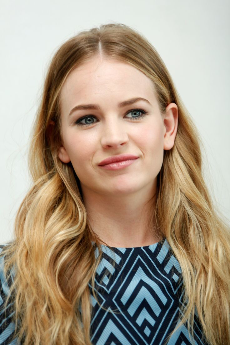 Britt Robertson - 'Tomorrowland' Press Conference in Beverly Hills 5/8/15