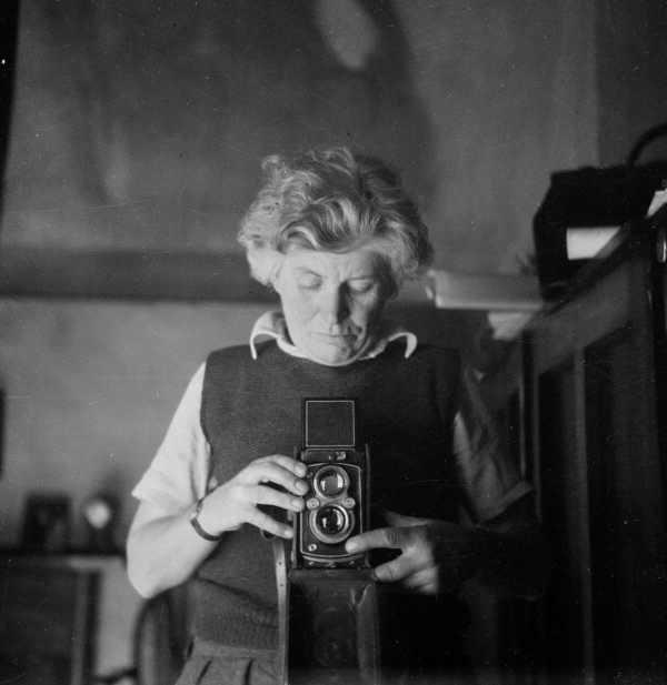 Edna Walling self portrait