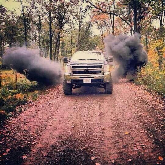 Blow that black smoke you hot ass chevy!