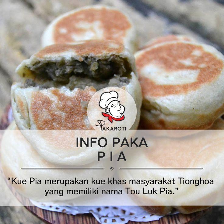 """Kue Pia merupakan kue khas masyarakat Tionghoa yang memiliki nama Tou Luk Pia "". Selengkapnya Pakarians bisa simak di [http://pakaroti.com/post/bakery-products/pia/mengenal-pia]. #InfoPaka"