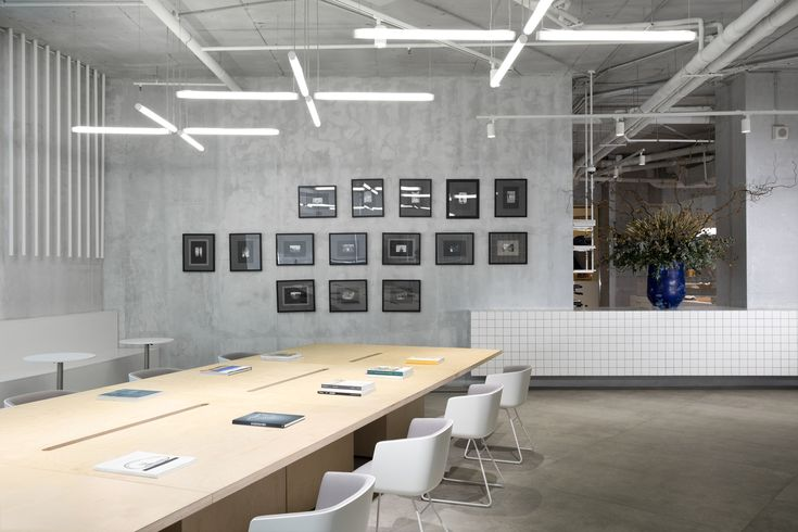 Gallery of Italian Visa Center in Moscow / MEL | Architecture and Design - 15