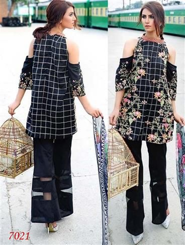 7021Black Designer Exclusive Fancy Pakistani Suit