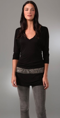 transform short shirt into a tunic...add fabric band