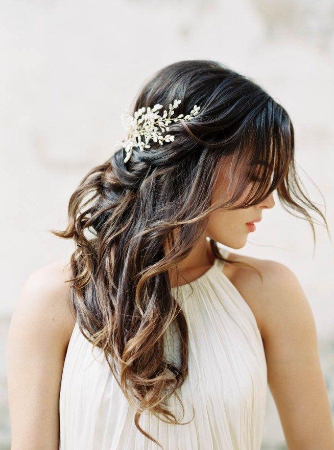 bröllopsinspiration håraccessoar i utsläppt hår
