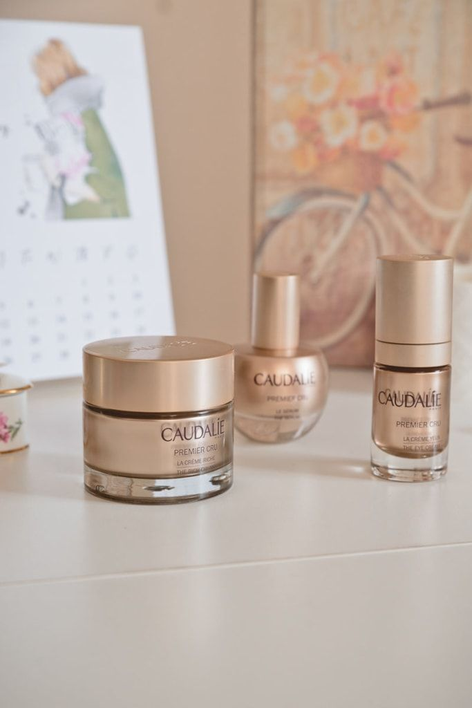 Caudalie Premier Cru: review of the amazing new anti-ageing collection // As I'm already a fan of Caudalie products, I was excited to receive three amazing new products as a sampling gift by Caudalie Greece. I'm talking about the renovated anti-ageing Premier Cru collection. It is …
