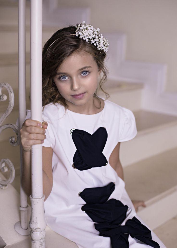 Isabelle dress from Amelie et Sophie...