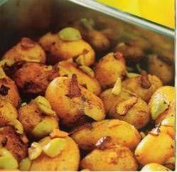 Aardappeltjes Met Knoflook, Citroen En Olijven Uit De Oven recept | Smulweb.nl