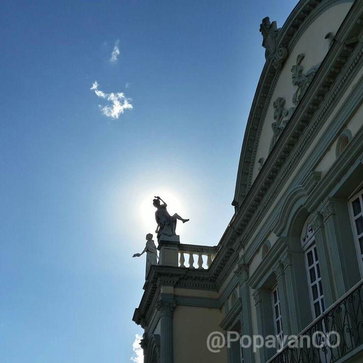 #Clima #Popayán min: 15ºC max: 27ºC Mañana: Cielo Parcialmente Nublado Tarde: Lluvias Noche: Lloviznas en Diferentes Sectores
