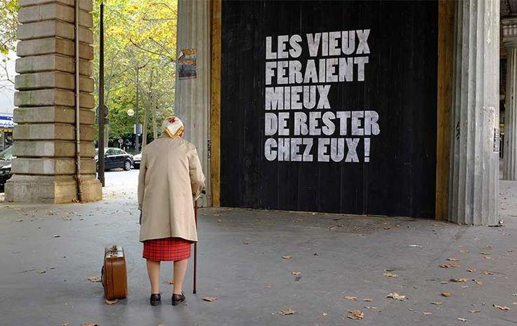 Campagne de maintien à domicile des personnes âgées par la Croix-Rouge française