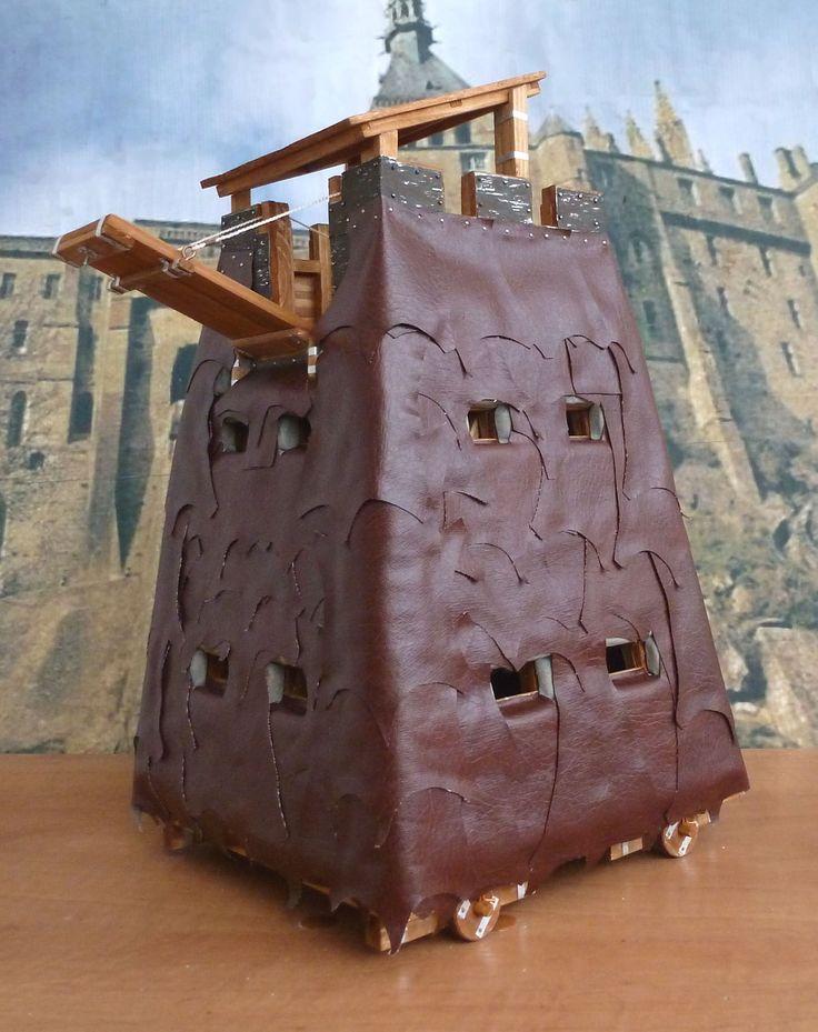 Модель римской осадной башни в 1:25.