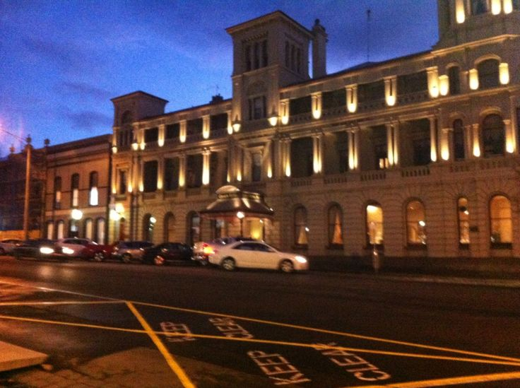Craigs Royal Hotel at Ballarat where we stayed. A palace now converted into a palatial hotel