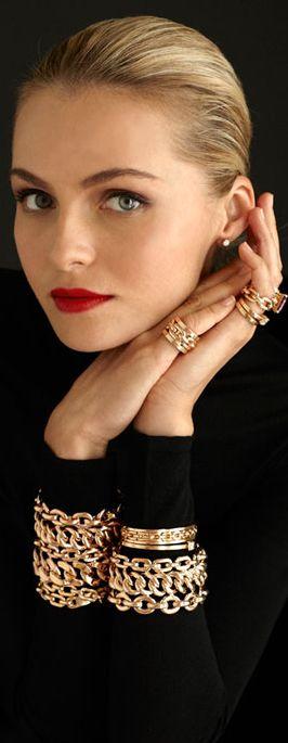 Ralph Lauren / dressed in black / red lipstick